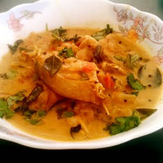 Coconut rawas curry recipe - Rawas (Indian salmon) in coconut gravy.