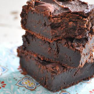 Dark Chocolate Flourless Fudge Brownies (Gluten Free, Diary Free).