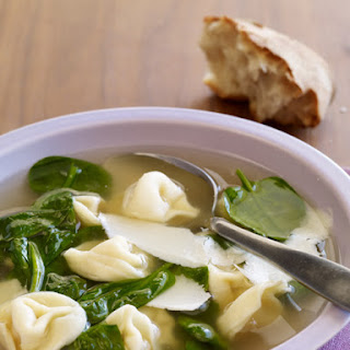 Spinach and Tortellini Soup Recipe