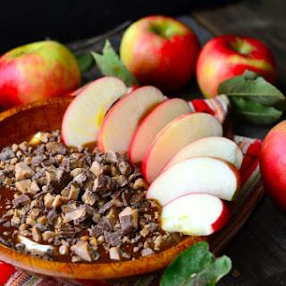 Caramel Toffee Cheesecake Apple Dip