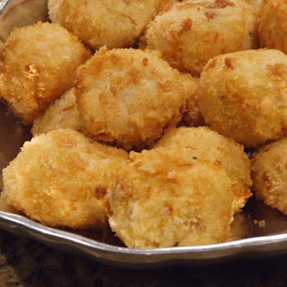 Risotto Croquettes with Mozzarella & Prosciutto