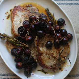 Pork Chops with Rosemary-Roasted Grapes