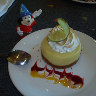 Key Lime Pie Wolfgang Puck Grand Cafe and Express