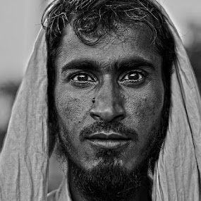 stare by Shashank Sharma - Black & White Portraits & People ( monochrome, village, black and white, man, portrait )