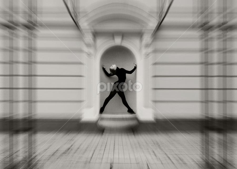 Ирина by Kalin Kostov - Black & White Portraits & People ( black and white, woman, people, portrait )
