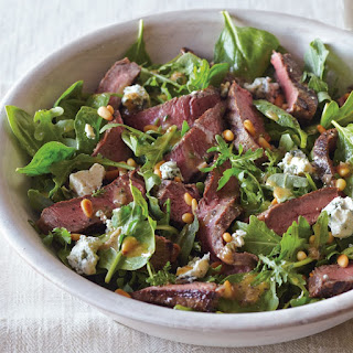 Sirloin Steak Salad with Gorgonzola and Pine Nuts