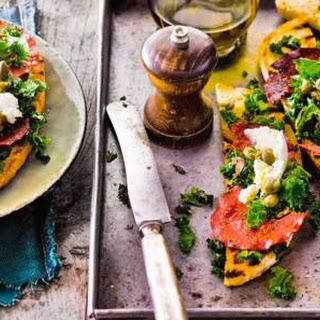 Bruschette Met Gebakken Boerenkool En Chorizo