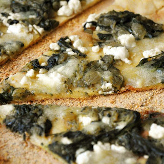 Spanikopita (Vegan Creamed Spinach) Pizza