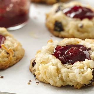 Cherry Sugar Cookie Macaroons