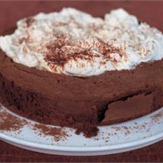CHOCOLATE CLOUD CAKE