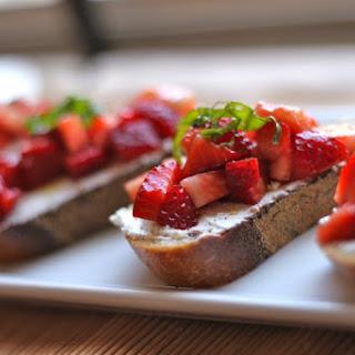 Strawberry & Goat Cheese Bruschetta and a Blogiversary.