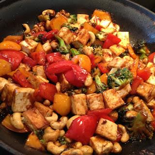Tofu & Cashews in Brown Sauce