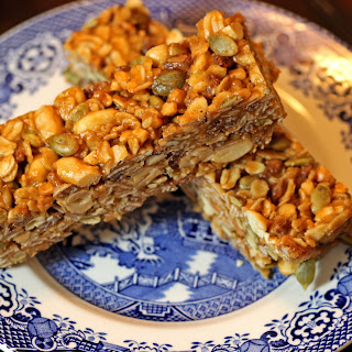 Easy Peanut Butter Granola Bars