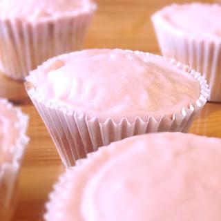 Strawberry Milkshake Cupcakes *Gluten-free and Lactose-free*