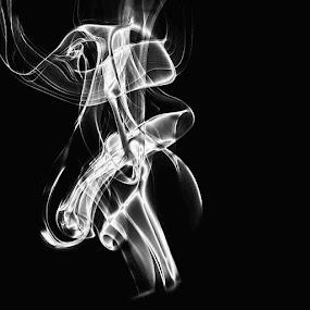Abstract by Shivalkar Jha - Abstract Patterns ( abstract, smoke, patterns, canon_india, canon_camera, canoneos550d, shivalkarjha, artpics, monochrome )