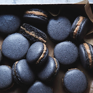 BLACK SESAME MACARONS Recipe