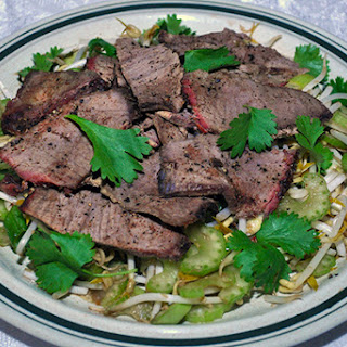 ASIAN PEPPERED BEEF SALAD