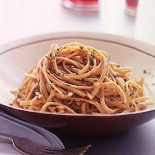 Whole-Wheat Pasta with Garlic and Olive Oil.