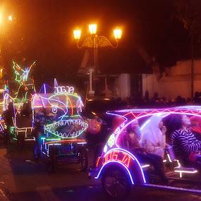 by Danang Kusumawardana - Transportation Other ( kraton, yogyakarta, pedicab, alun-alun kidul, palace of java, town square, jogja, becak,  )