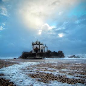 Senhor da Pedra by Nuno Henriques - Landscapes Waterscapes