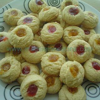 Jam-filled Cookies.