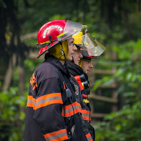 Focus by Jim Anderson - People Professional People ( work, gear, artistic, firemen, fire )