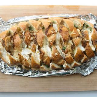 Baltimore Cheesy Crab Pull Apart Bread