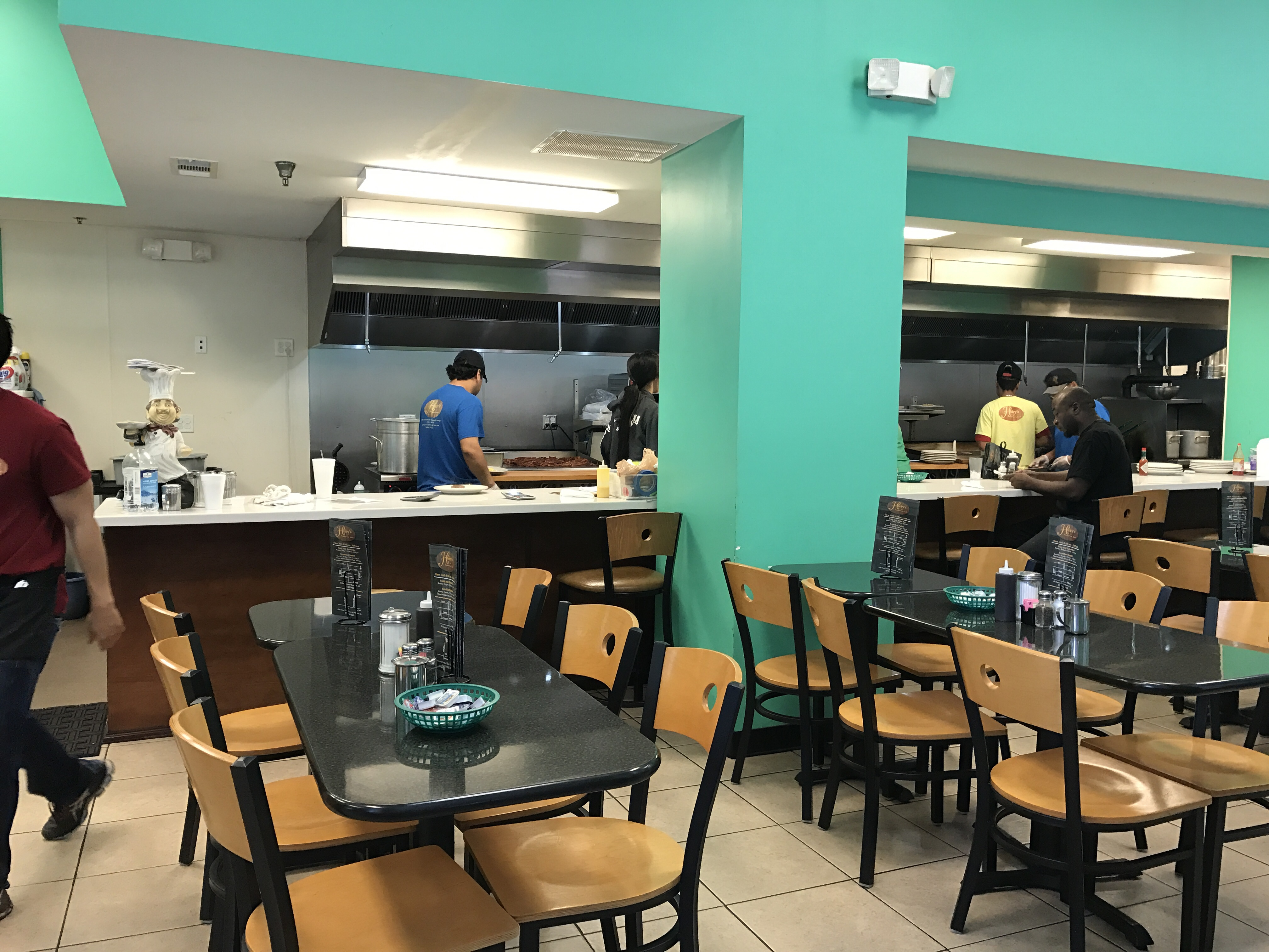 Henry\'s Restaurant - Savannah | Restaurant Review - Zagat
