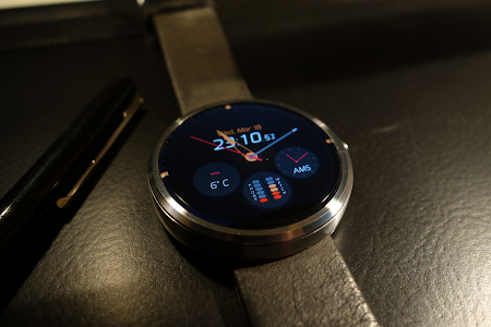 Pujie Black Watch Face v3.2.43