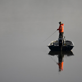 Fog Fishing by Rod Schrader - Sports & Fitness Other Sports (  )