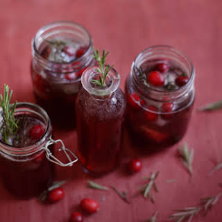 Cranberry, Pomegranate, & Green Tea Holiday Spritzer.
