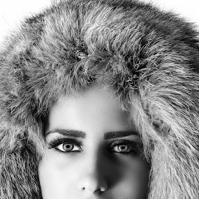Beautiful girl b&w by Miroslav Potic - Black & White Portraits & People ( model, b&w, girl, winter, cold, black and white, coat, , improving mood, moods, red, love, the mood factory, inspirational, passion, passionate, enthusiasm )