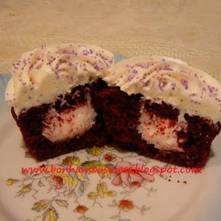 Red Velvet n Oreo Filling Cupcakes