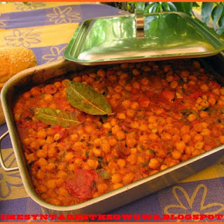 Baked Chickpeas With Tomato Sauce And Sausage