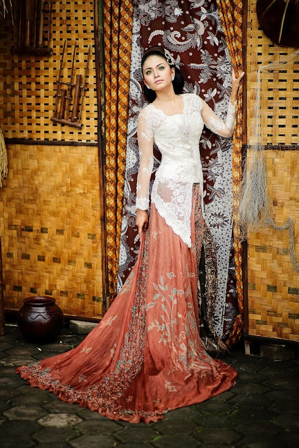 Diah Kamil by Budi Saka - People Fashion