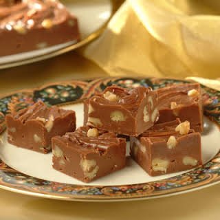 Evaporated Milk And Chocolate Chips Fudge Recipes.
