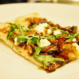 Prosciutto and Fig Pizza with Arugula Recipe