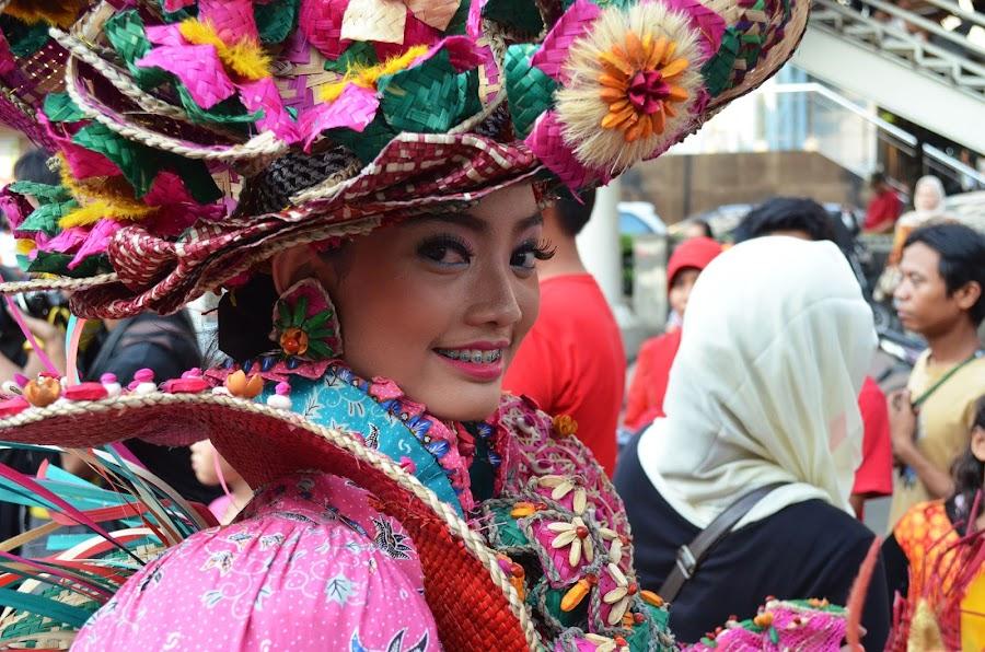 Glance by Agus Natadijaya - News & Events Entertainment ( woman, people )