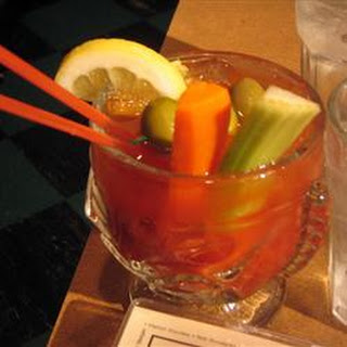 Spicy Red Snapper (Bloody Mary with Gin)