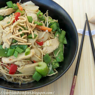 Chicken Chow Mein Noodles.