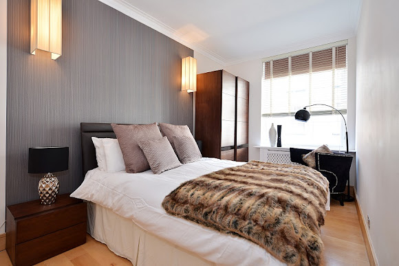 Chic Two bedroom flat in Mayfair, London | RatedApartments.com