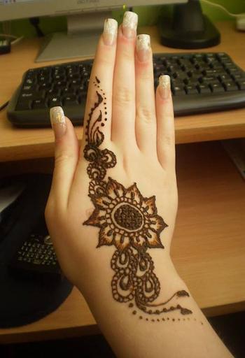 Asian Eid Mehandi Designs