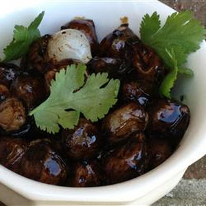 Caramelized Pearl Onions with Balsamic Glaze