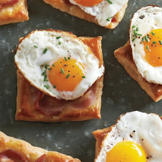 Fried-Egg-and-Bacon Puff Pastry Squares.