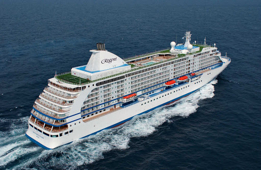 Regent-Seven-Seas-Voyager-at-sea-4 - You'll travel in style aboard the 6-star luxury cruise ship Seven Seas Voyager.