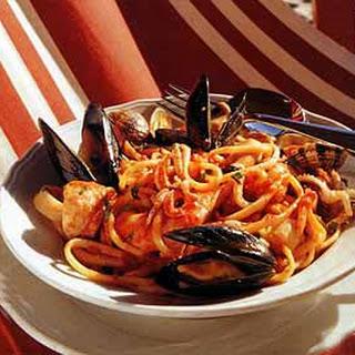 Linguine with Shellfish Sauce