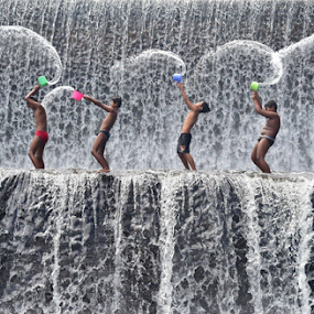 Gayung Dance by Maki Sumawijaya - Babies & Children Children Candids ( people )