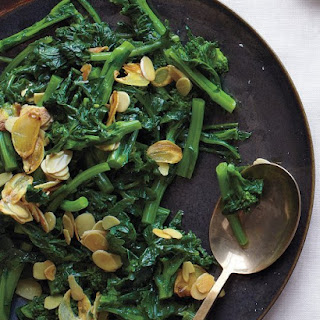Broccoli Rabe with Garlic and Almonds