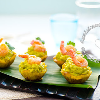 Green Banana, Garlic And Shrimp Cups