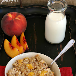 Peaches and Cream Baked Oatmeal {Gluten-free}